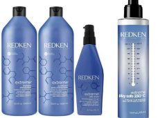 Redken EXTREME STRENGTHENING WITH PLAY SAFE 3-IN-1 LEAVE-IN